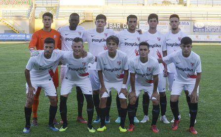 XI inicial del Sevilla Atlético durante el partido que el enfrentó al Coria.