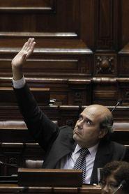 Citarán al Gobierno de Uruguay al Congreso por irregularidades en estadios