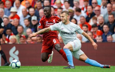 El Liverpool golea al West Ham y se coloca líder provisional (4-0)