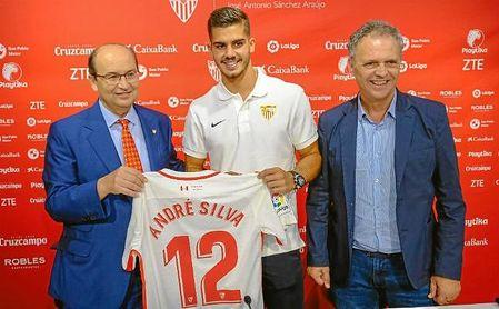 André Silva, novedad en la lista para el 'play off' de Europa League