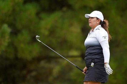 Lizette Salas mantiene el liderato en el torneo de Indianápolis de golf