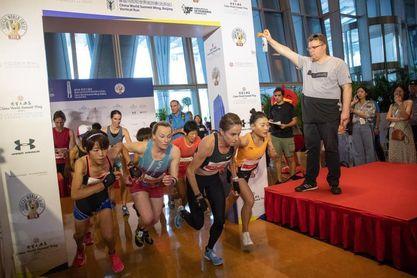 Una carrera de 2.000 escalones para subir a la cima de Pekín