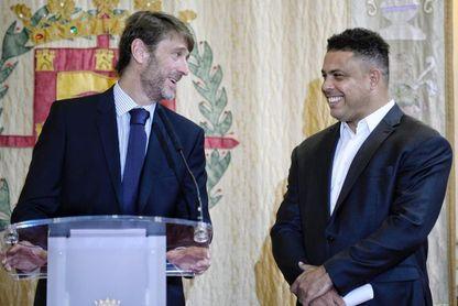 El Real Valladolid formalizará a finales de septiembre la presidencia de Ronaldo