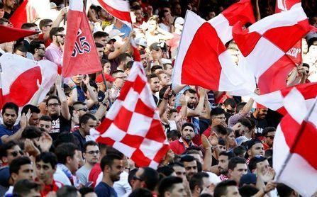 """Dos sanciones de 30.000 euros al Sevilla por pancartas con la leyenda """"Biris"""""""