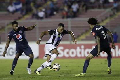 2-1. Doblete de Edwin Aguilar le da el triunfo a Tauro sobre Motagua