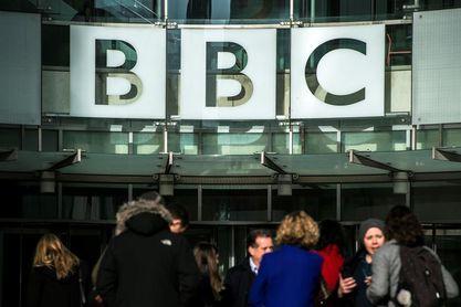 Argelia desdeña la investigación de la BBC sobre la corrupción en su fútbol