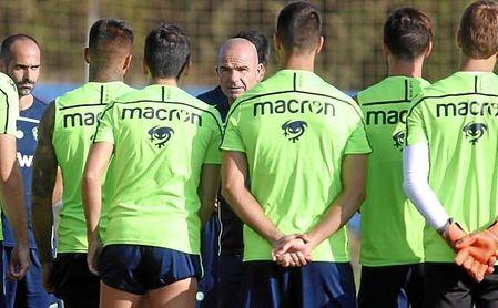 Simon es la principal novedad del Levante para recibir al Sevilla.