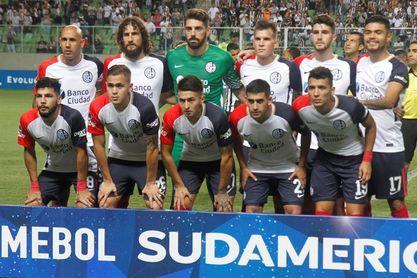 Nacional debe remontar dos goles y cuidar su arco ante San Lorenzo