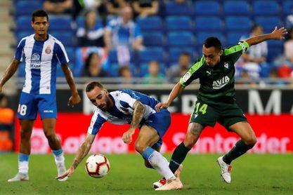 1-0. El Espanyol sigue soñando a costa del Eibar