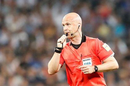 Anthony Taylor, el árbitro del 6-1 a Argentina