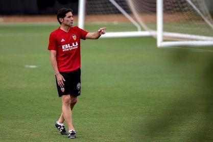 Marcelino exprime físicamente a su plantilla en la última sesión de la semana