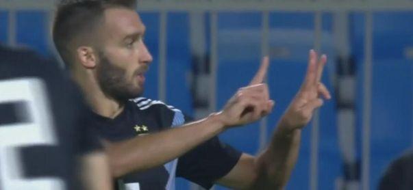 El enorme gesto de Pezzella tras marcar con Argentina