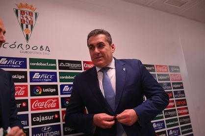 Elche y Córdoba buscan aliviar su situación en la Copa