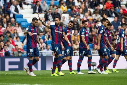 El Levante gana por segunda vez en el Bernabéu once años después