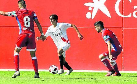 Bryan Gil, la sensación en el SAT, dio la victoria la semana pasada al filial en Don Benito (0-1).