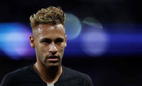 Bartomeu dice que no está prevista la vuelta de Neymar y aparca diseño escudo