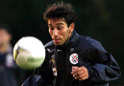 El delantero paraguayo Cuevas no olvida la explosión de adrenalina en el Superclásico