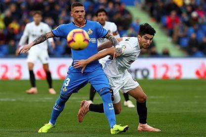 0-1. El Valencia resurge en Getafe con un gol de Parejo de penalti
