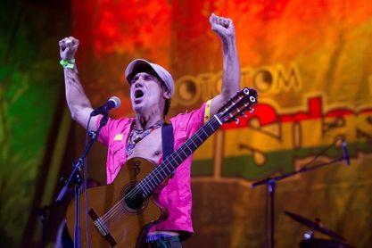 Manu Chao dedica una canción a la final de la Copa Libertadores