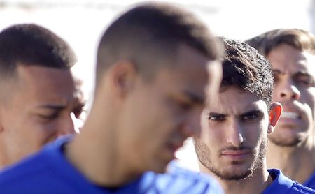 Guedes y Rodrigo vuelven a la convocatoria para recibir al Sevilla