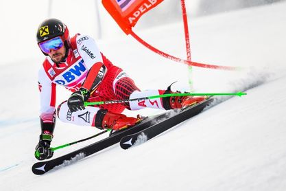 Hirscher se vuelve a exhibir ganando por cuarta vez el gigante de Adelboden