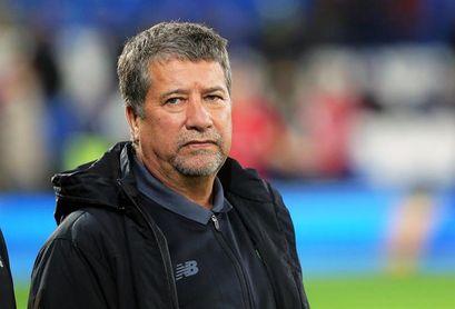 Candidatos a Presidencia de la FEF respetarán el contrato con Hernán Darío Gómez