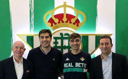 El Betis renueva a Robert hasta 2024