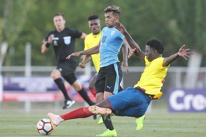 3-1.Uruguay vence a Ecuador con suficiencia y se acerca a la cima del grupo