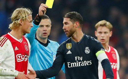 Sergio Ramos vio la amarilla en el partido ante el Ajax