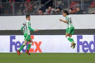 El Betis ya entrena la vuelta europea ante el Rennes