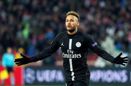 Neymar dice que estuvo dos días llorando en casa tras lesionarse de nuevo