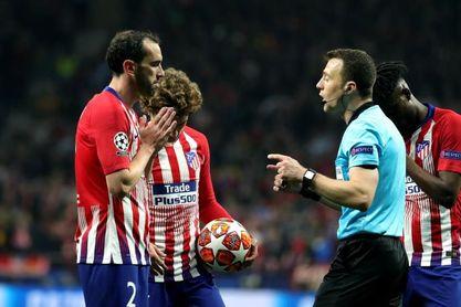 Atlético y Juventus no aciertan en sus ocasiones y empatan al descanso (0-0)