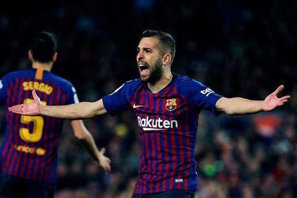 Jordi Alba renueva con el Barcelona hasta junio de 2024