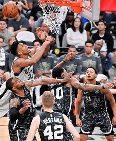 Rockets, Spurs y Raptors consolidan posiciones; derrota sorpresa de Warriors