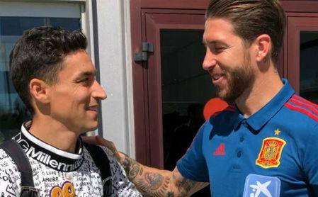 Sergi Gómez y Jesús Navas ya están concentrados con la selección
