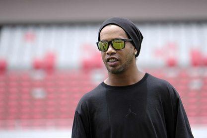 Ronaldinho dictará en Colombia charlas a niños y jugará un partido de exhibición