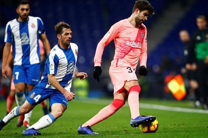 """Víctor Sánchez: """"Es una temporada complicada, pero intento ganarme el sitio"""""""