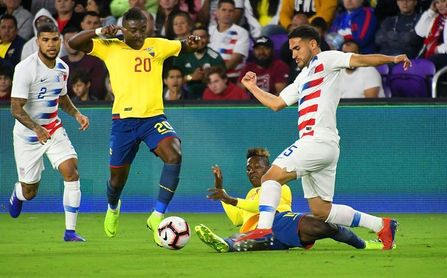 1-0. Zardes marca el gol del merecido triunfo de Estados Unidos