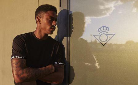 """Junior habla sobre su futuro, la Premier, la selección y su """"padre deportivo"""""""