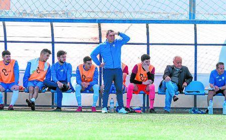 En la imagen, Manuel Luque, entrenador del Castilleja.