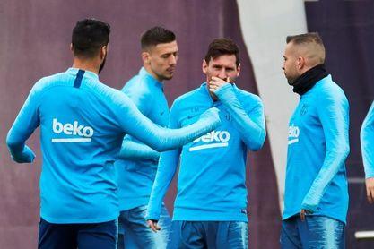 """Bartomeu quiere que Messi esté vinculado con el Barcelona """"para siempre"""""""