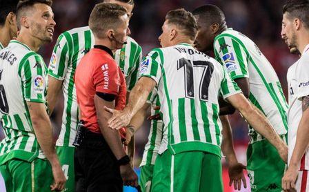"""Joaquín: """"Cuando mejor estábamos nos hemos encontrado con el 3-1"""""""