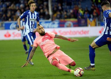 0-0. El Barcelona no puede derribar el muro del Alavés al descanso
