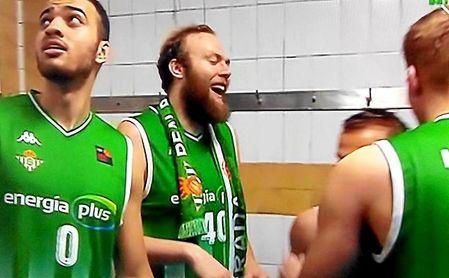 Stainbrook, celebrando el ascenso a la ACB.