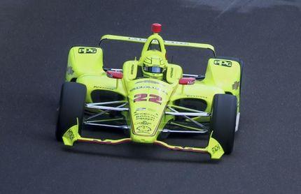 El francés Simon Pagenaud lidera el Indy 500 en el inicio de la carrera