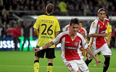 Cigarini firmó el 0-1 del Sevilla de Manzano en Dortmund.