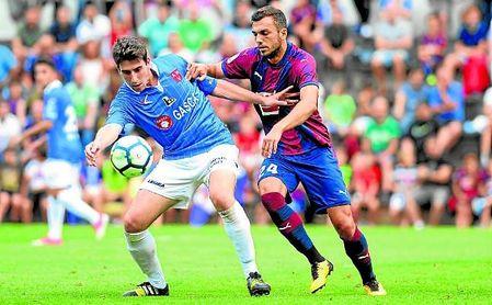 El Sevilla FC le ofrece al centrocampista gerundense cuatro años más otro opcional.