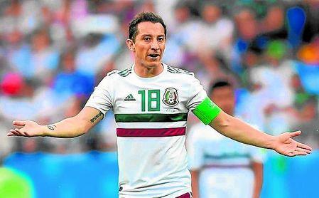 """Guardado, capitán de la selección mexicana, reconoce que están """"obligados"""" a ganar la Copa de Oro."""