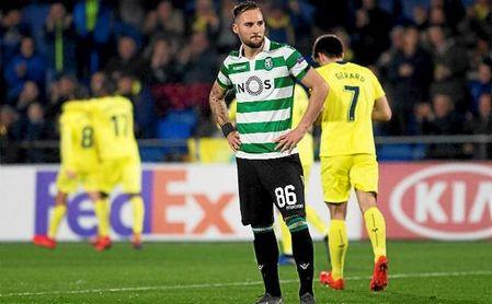 Gudelj, durante el partido de Europa League ante el Villarreal.