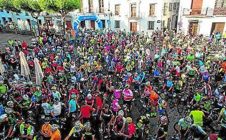 Grazalema se llenó de aficionados al ciclismo.